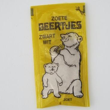 Zoete beertjes zwart-wit