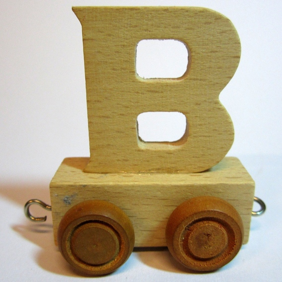 Treinletter B