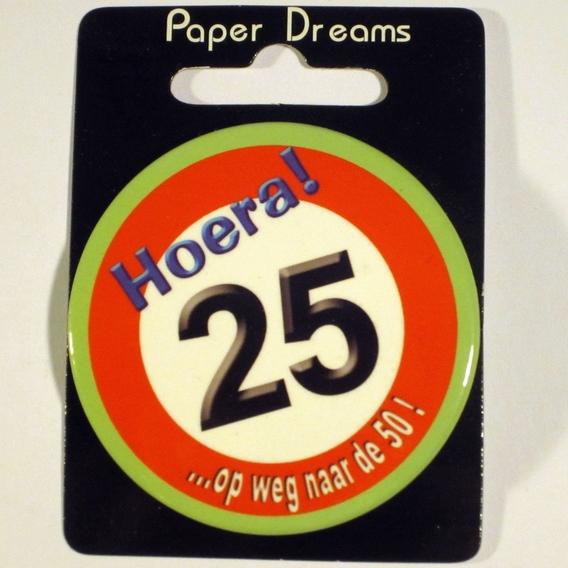 Button Hoera 25