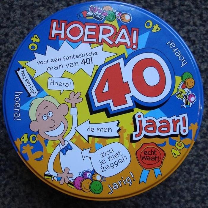 verjaardag man 40 jaar Snoepblik 40 jaar man   Topsnoep.nl verjaardag man 40 jaar